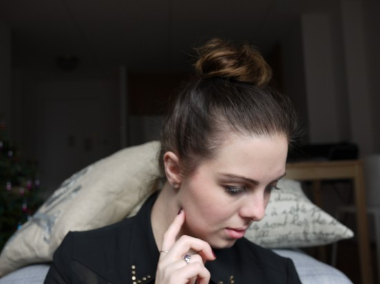 perfect top knot for fine hair