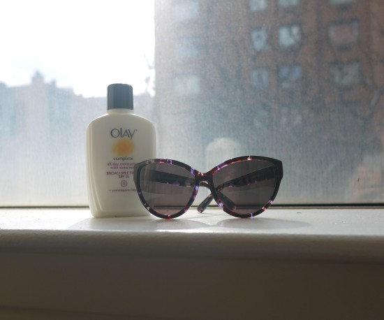Look at that sunshine! Rocking the Olay Complete Broad Spectrum SPF 15 and House of Harlow Chantal Bloom sunnies