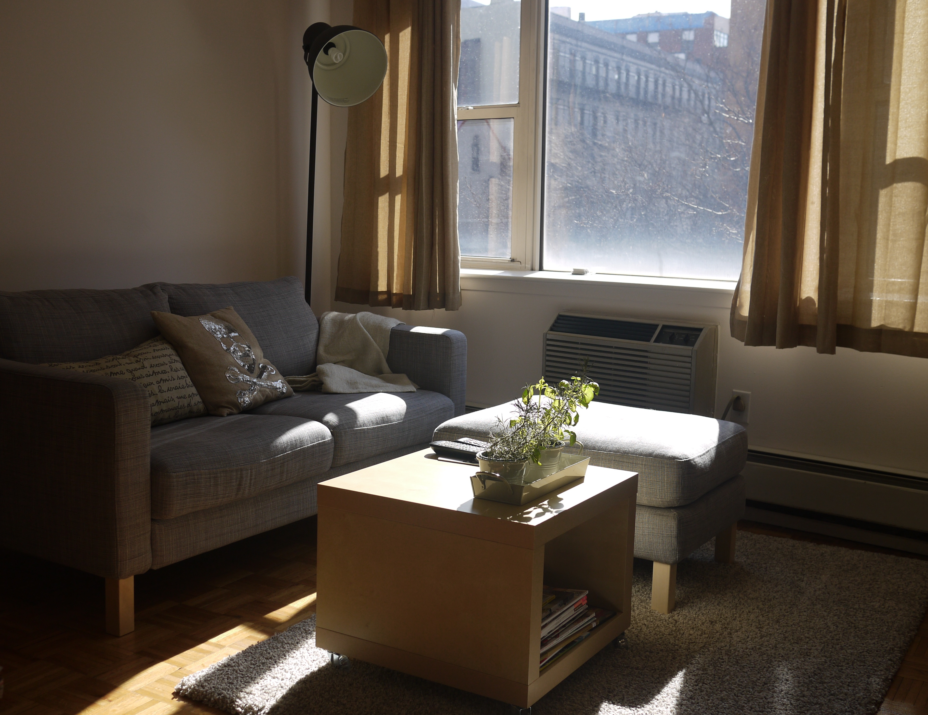 Ikea Karlstad Couch And Ottoman, Lack Side Table Part 87